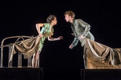 """Spektaklis """"Įstabioji ir graudžioji Romeo ir Džuljetos istorija"""""""