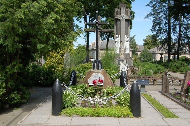 Karininko Antano Juozapavičiaus kapas