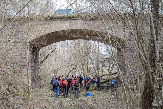 Merkinės plento viadukas virš XIX a. geležinkelio