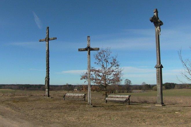 Kryžių ansamblis Klepočių kaimo tragedijai atminti