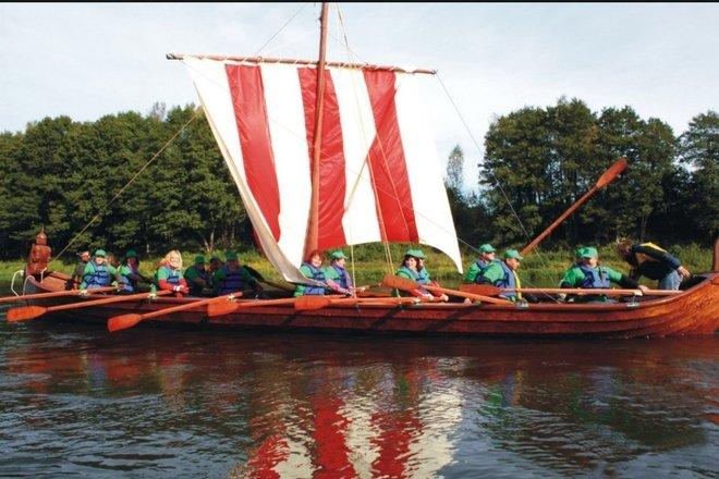 Viking boat rental